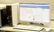 安装在中央监控室内的savic-net FX2。实现收藏库及陈列室等大学美术馆内各区域的温湿度及各设备的能源使用状况可视化。运用数据也在累积。