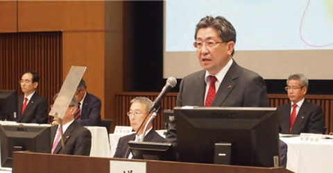 President Hirozumi Sone giving a briefing at the Ordinary General Meeting of Shareholders