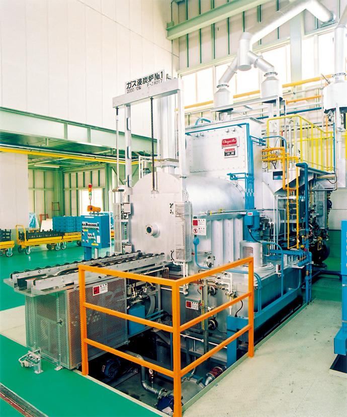 バッチ式ガス浸炭炉 ハイ・シフター(フレームレス型