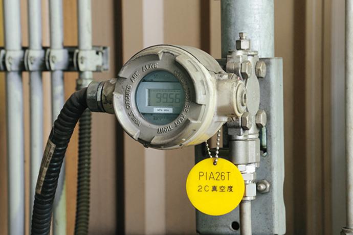 差圧/圧力発信器 DSTJ™3000で真空度を計測する。
