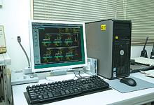 中央監視システムとして導入されているsavic-net EVmodel30。