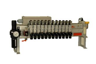 セミドライルブ連式潤滑ユニット 形 L43-3□2