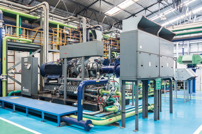 SKICのWangsala工場全体にエアを供給するコンプレッサ群