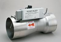 ヒュームフードの風量を高精度・高速応答で制御する風量制御装置。