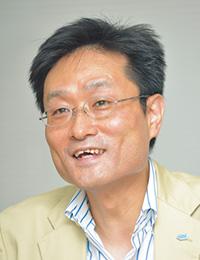 パシフィックゴルフマネージメント株式会社 財務経理本部 副本部長 (取材時〈2012年7月〉の部署名/役職名) 宮田 浩利氏