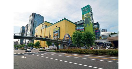 東京ドームシティ 黄色いビル