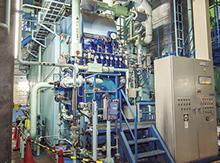 二胴水管式蒸気ボイラ。