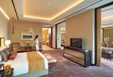 ソレア リゾート&カジノのホテル客室。ゲストが快適に過ごすことができるようにアズビルの監視・制御システムが最適環境を実現している。