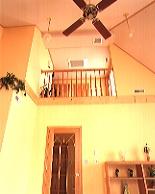 設置された吸入口とリビングルーム内の吹出口
