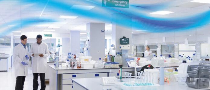 研究施設の室内環境写真